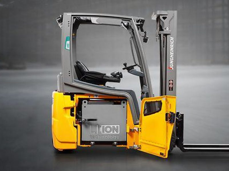 Is Lithium-ion the future of forklift power units?