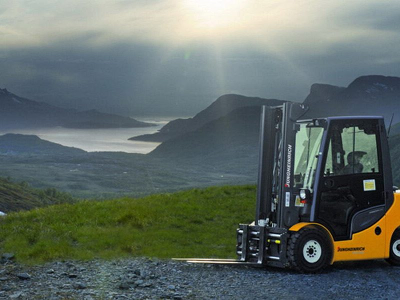3 key questions when considering a used forklift truck